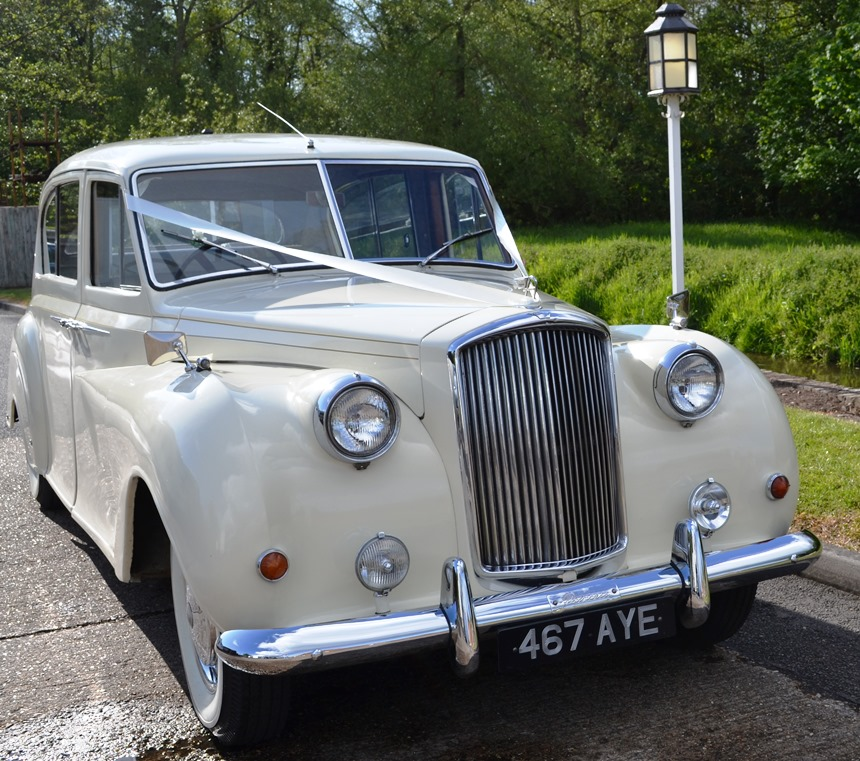 White Bentley Flying Spur Hire: Classic Austin Princess Wedding Car Hire